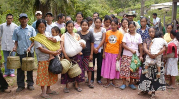 Alfabetizacion en Honduras / Estudiantes se recuerdan